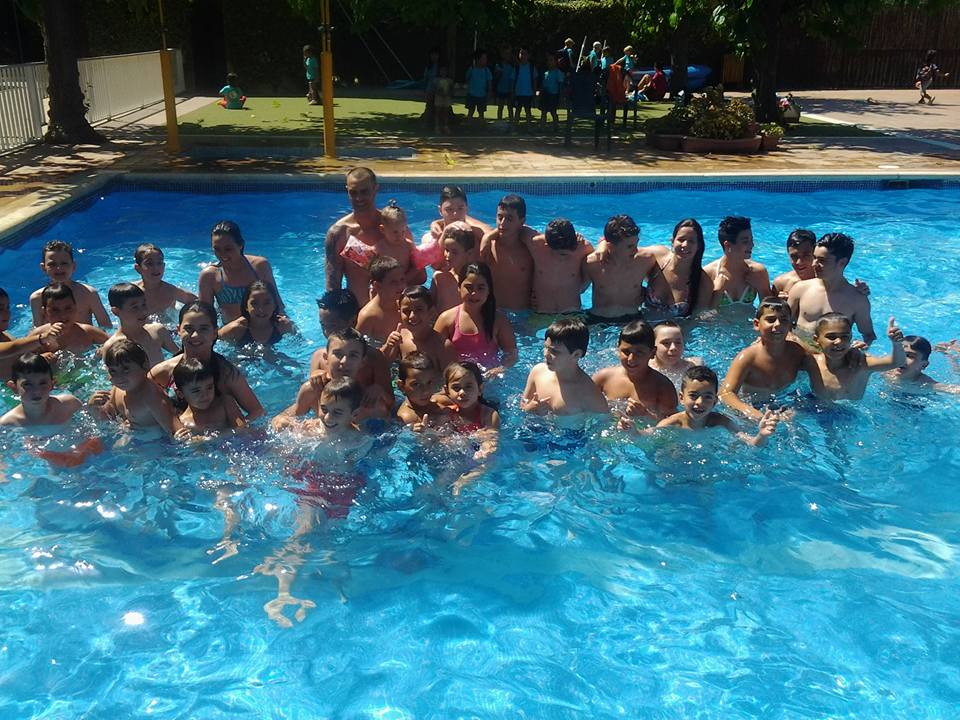Colonias 2015 club karate nokachi - Piscina les franqueses ...